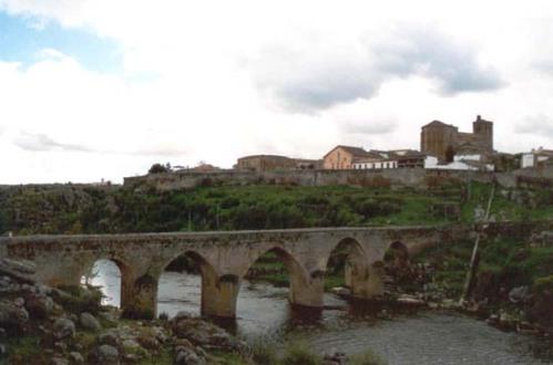 castillo y puente